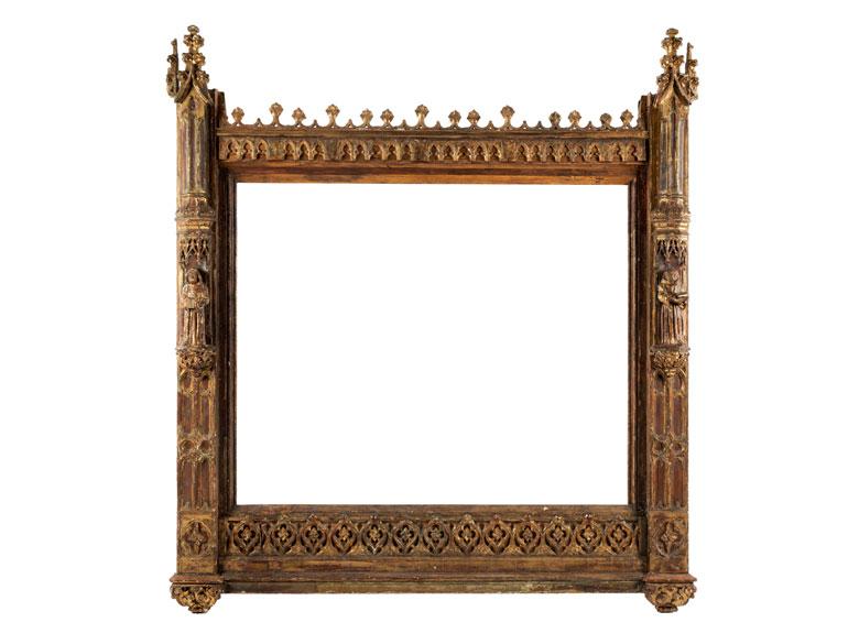 Großer gotischer Rahmen