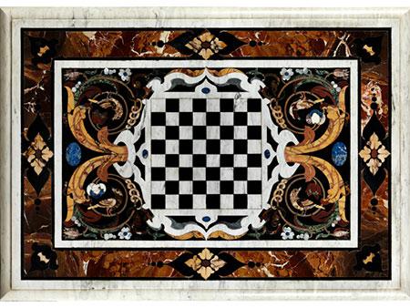 Pietra dura-Platte mit Schachfeld