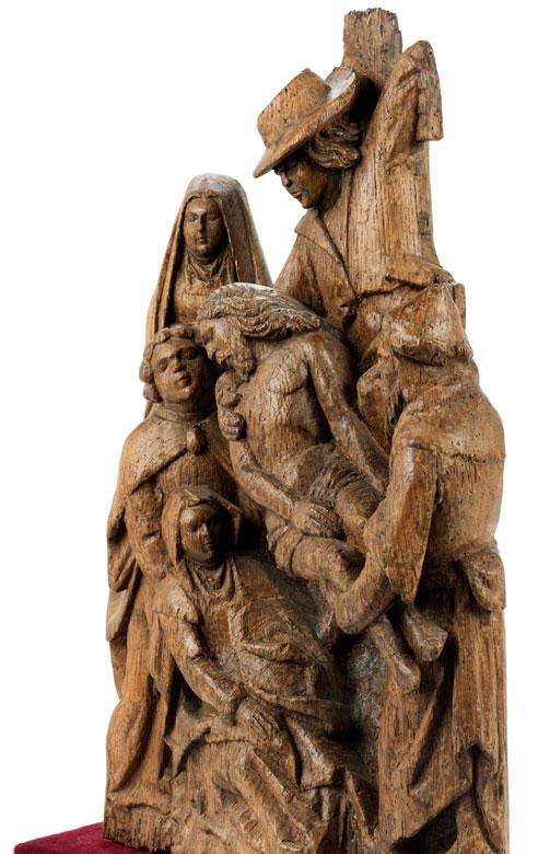 Detailabbildung: Schnitzfigurengruppe Kreuzabnahme Christi