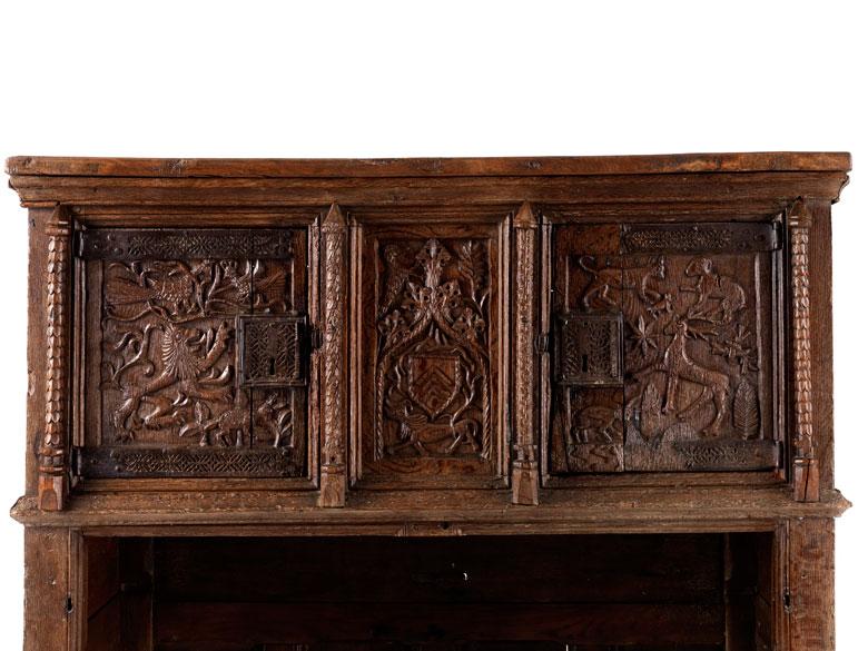 Detailabbildung: Gotische Kredenz