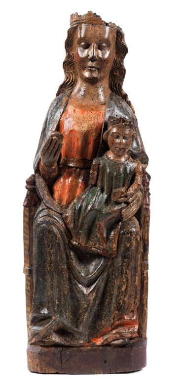 Museale Schnitzfigur einer Madonna mit dem Jesuskind als Weltenherrscher