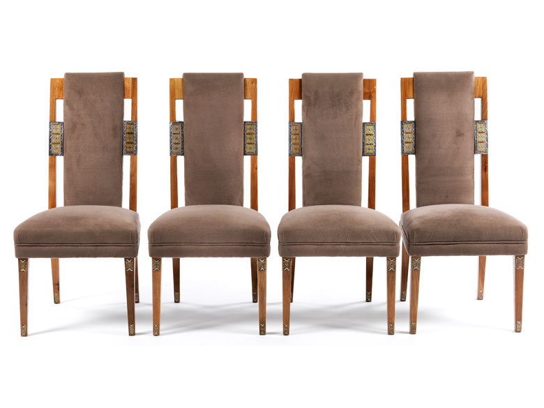 Detailabbildung: Satz von zwölf Stühlen