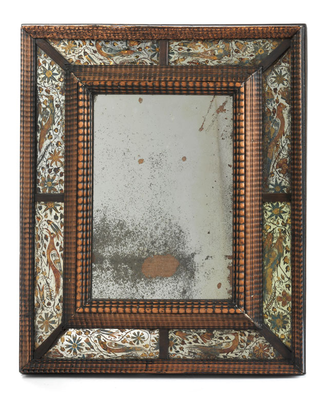 Seltener früher Wandspiegel mit Silber-Églomisérahmung