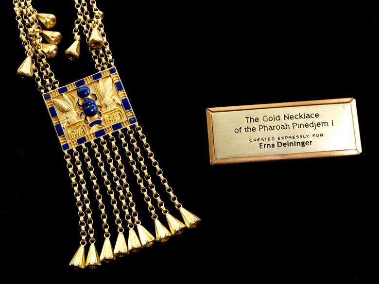 Detailabbildung: Pharaonisches Gold-Lapiscollier von Franklin Mint