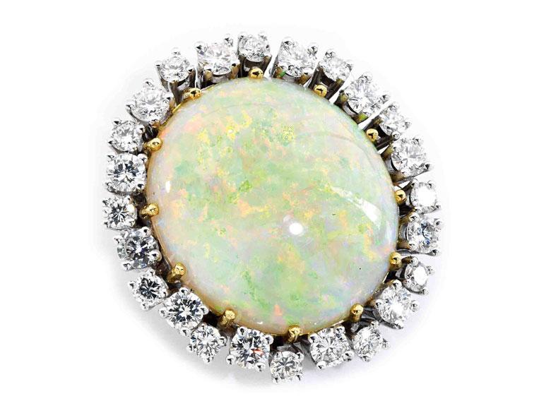 Opal-Diamantanhänger