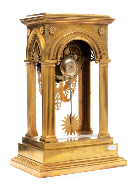 Detailabbildung: Feine Directoire-Uhr