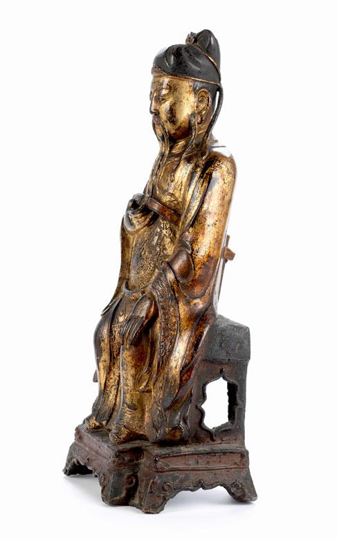Detailabbildung: Sitzende Wächterfigur