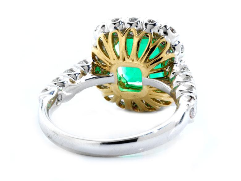 Detailabbildung: Smaragd-Brillantring