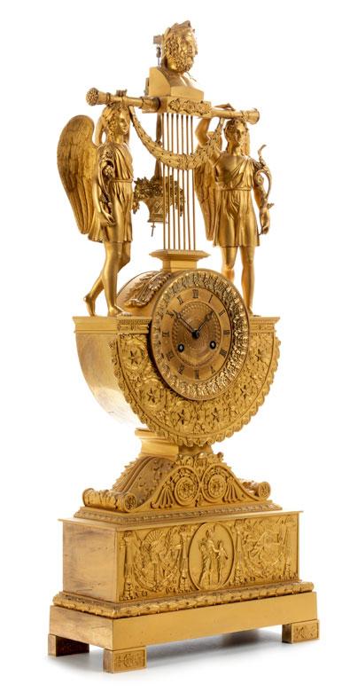 Elegante Empire-Kaminuhr mit dem Figurenthema Homer und die Musen