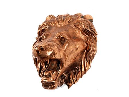 Brunnenmaske in Form eines Löwenkopfes