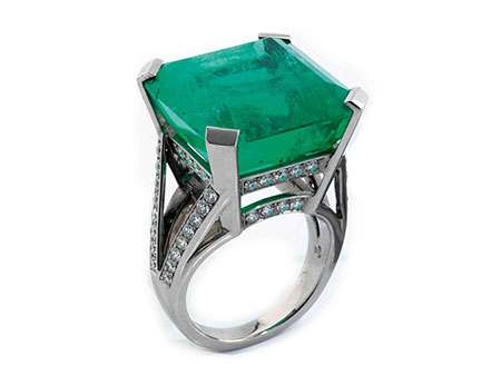 Detail images:  Großer Smaragd-Diamantring