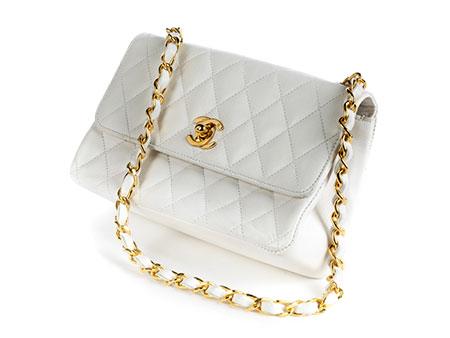 Weiße Damenhandtasche von Chanel
