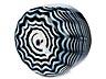Details: Außergewöhnliche Schale mit Fadendekor