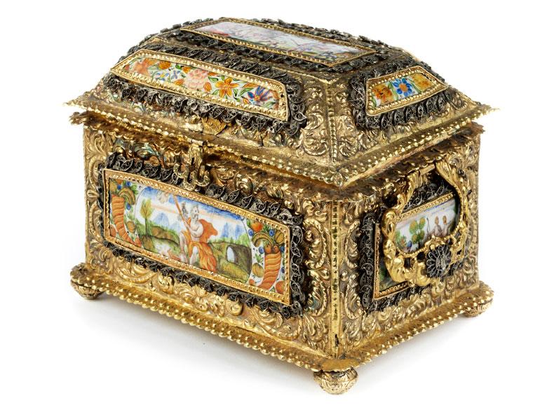 Barockes Vermeil-Kästchen mit Email-Dekor