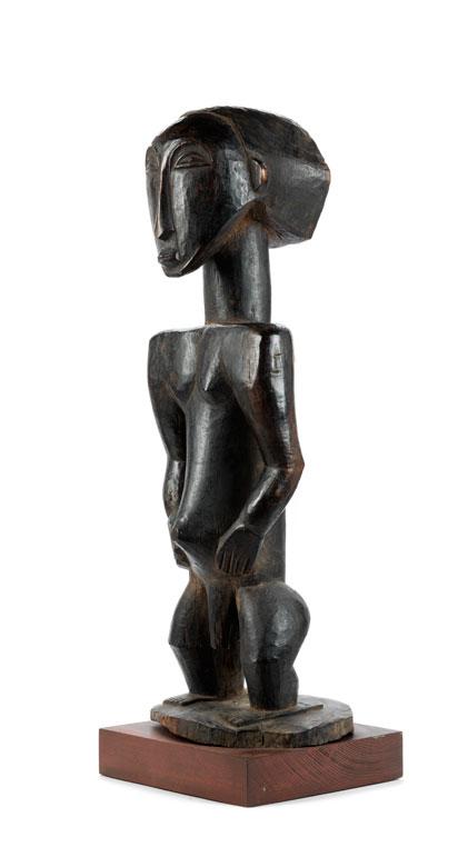 Große männliche Ahnenfigur des Stammes Hemba