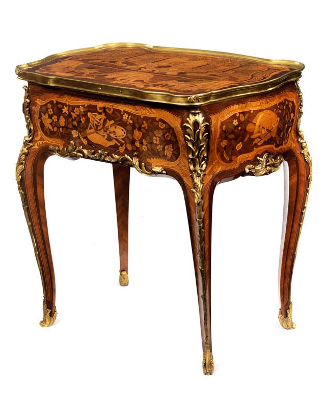 Eleganter Louis XV-Beistelltisch