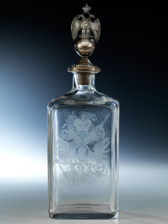 Elegante Fabergé-Schnapsflasche