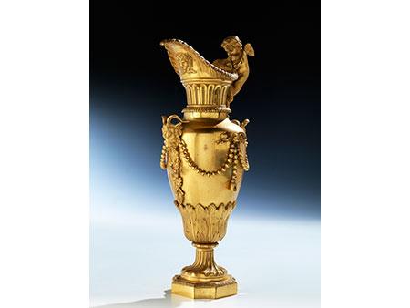 Vergoldete Bronze-Zierkanne