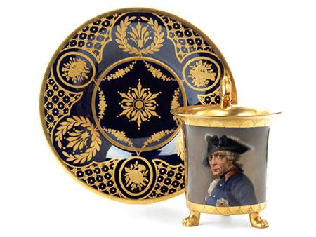 Porzellantasse mit Portrait Friedrichs des Großen