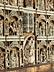 Details: Kleine Altarretabel mit Elfenbein/ Beinschnitzereien in einem Phialenrahmen