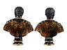 Details: Ein Paar Bronzebüsten
