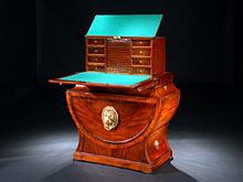 Höchst seltenes Verwandlungs-Möbel des Empire