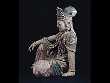 Äußerst seltene und große Darstellung der sitzenden Kuan Yin