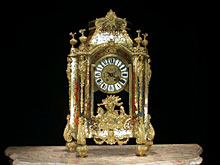 Louis XIV-Stil-Kommodenuhr