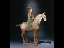 Pferd mit Reiter der Tang-Dynastie