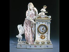 Meissner Tischuhr um 1830