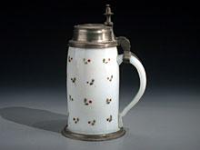 Kleiner Milchglas-Humpen
