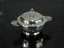 Silber-Ecuelle (Wöchnerinnen-Terrinchen)