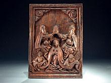 Holzrelief einer Marienkrönung