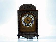 Konsol-Uhr in der Art von Boulle