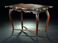 Kleiner Barocktisch