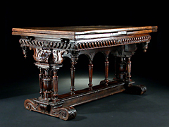 Italienischer Renaissance-Tisch