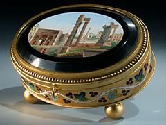 Ovale Deckeldose mit Miniaturmosaik