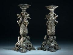 Paar Bronze-Kerzenhalter der Niccolo Roccatagliata-Werkstatt