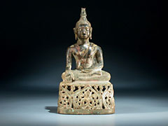 Buddha-Figur in Bronze.