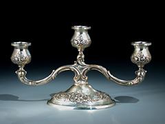 Dreiarmiger Silberleuchter