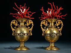 Paar Korallen-Vasen