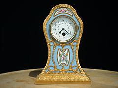 Porzellan-Miniatur-Uhr