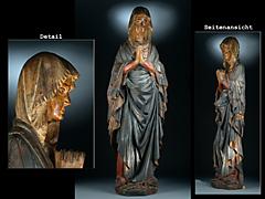 Skulptur der Maria