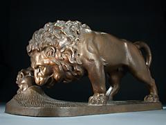 Bronze-Löwe