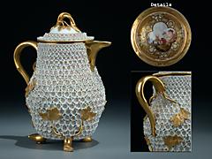 Meissner Porzellan-Kännchenmit Schneeballen-Dekor, 18. Jahrhundert