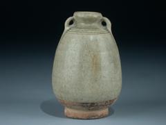 Kleine Celadon-Vase