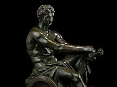 Detail images: Bronzeskulptur des Mars