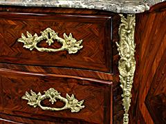 Detail images: Französische Kommode