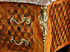 Detail images: Louis XV-Kommode
