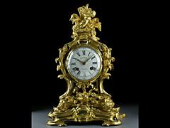 Bedeutende Pendule mit der Allegorie des Wassers. Uhrmacher: Gudin à Paris. Bronzier: